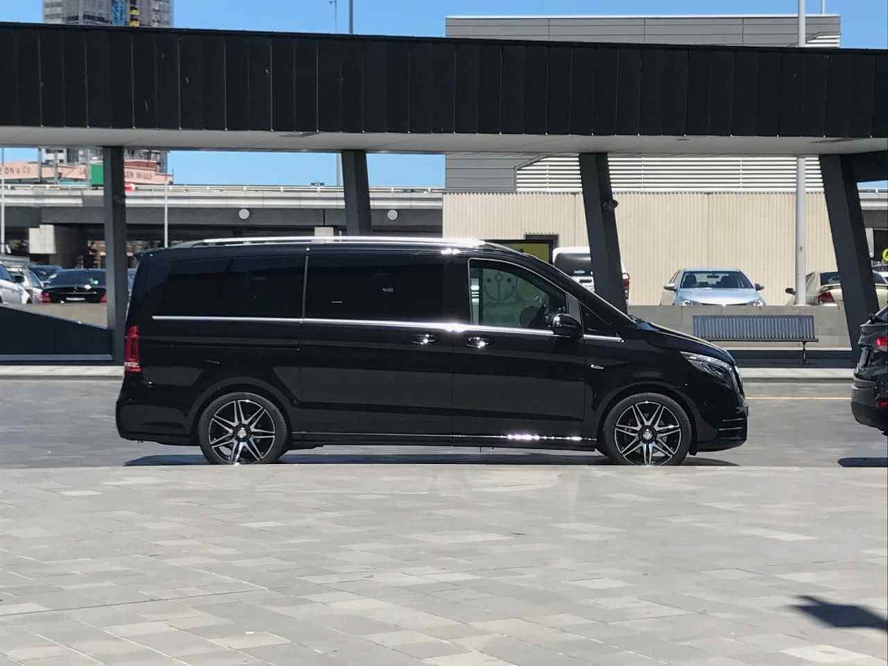 chauffeur driven mercedes viano Melbourne