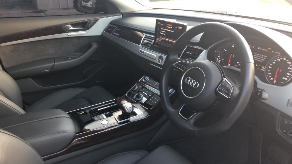 Audi A8 car chauffeur Melbourne by Chauffeur Link Melbourne